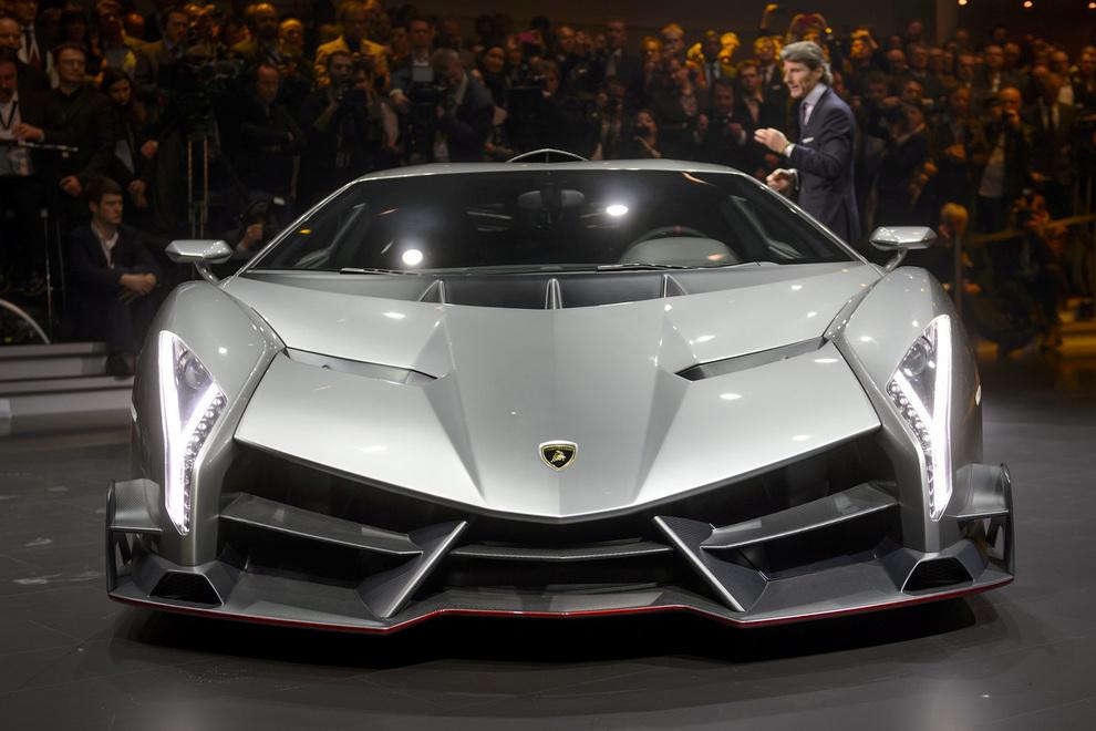 Lamborghini Veneno: Дебют нового суперкара (5 фото)