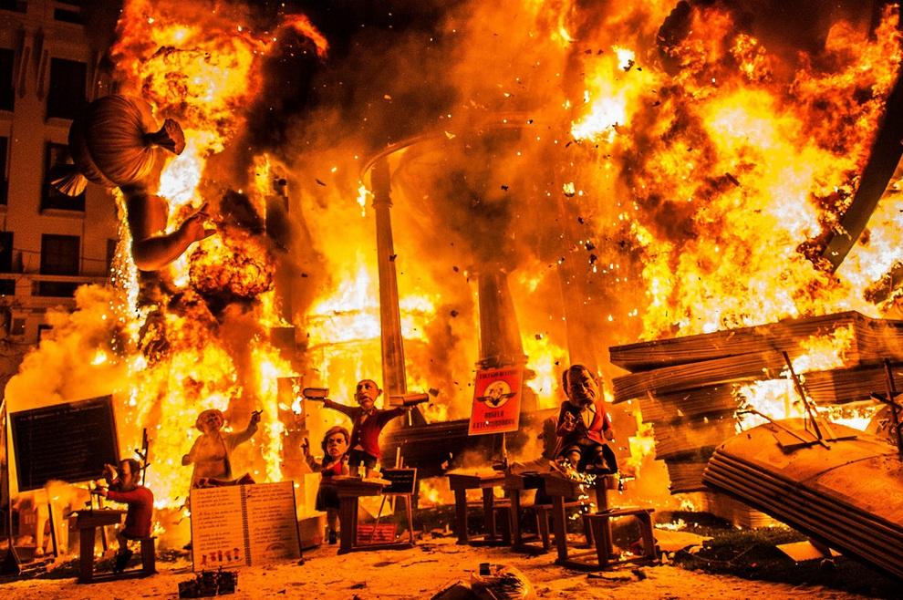Валенсийский фестиваль «Лас-Фальяс 2013» (11 фото)
