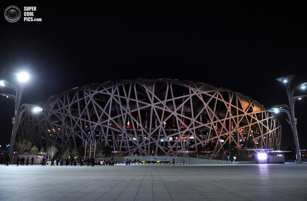 Стадион без подсветки. (WANG ZHAO/AFP/Getty Images)