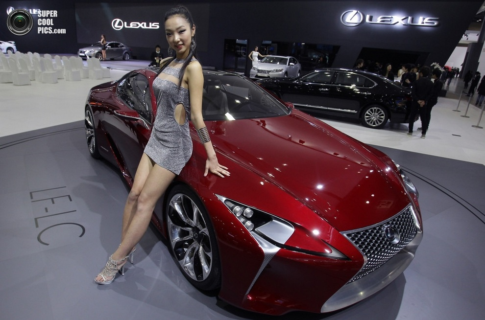 Lexus LF-LC Hybrid Sport Coupé Concept. (Chung Sung-Jun/Getty Images)