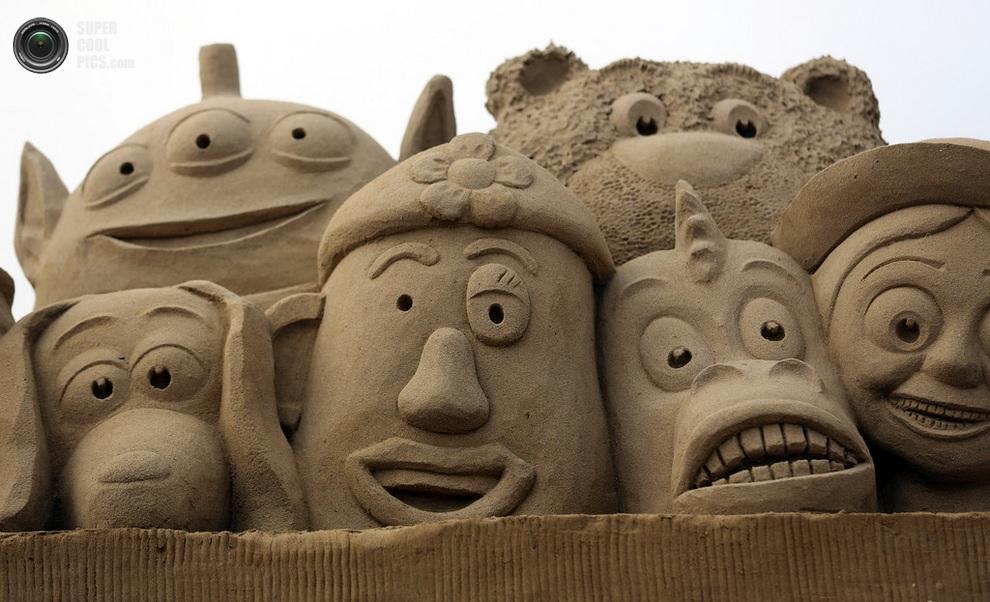 Герои мультфильма «История игрушек». (Matt Cardy/Getty Images)