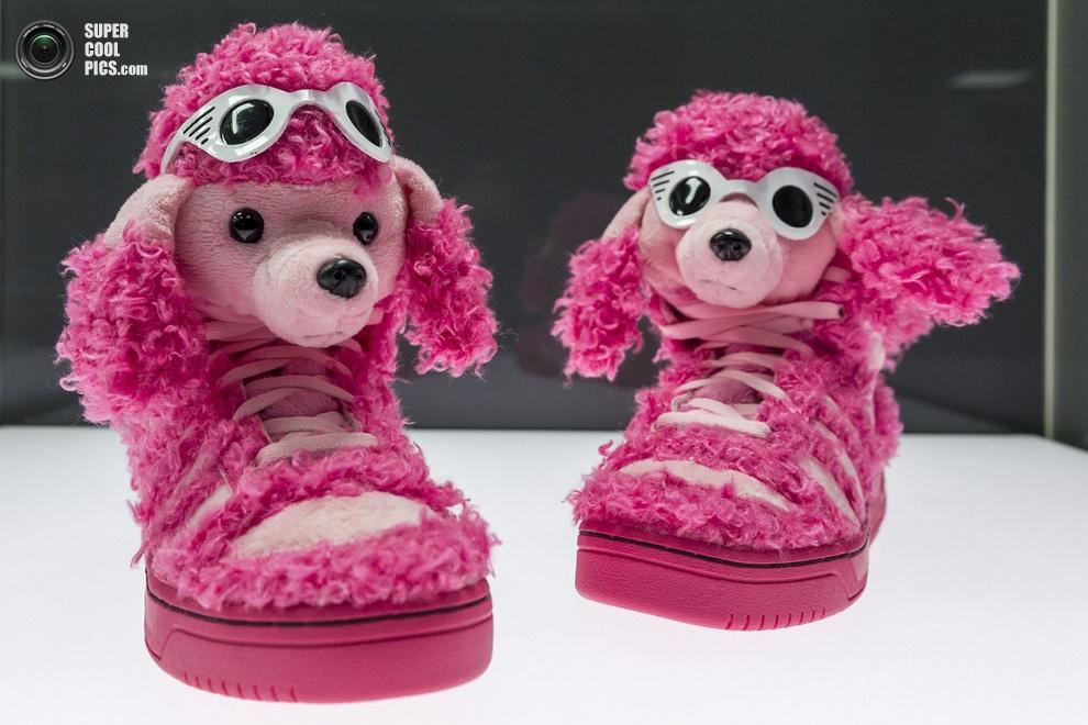«Розовый пудель» Джереми Скотта (Jeremy Scott). (Joern Haufe/Getty Images)