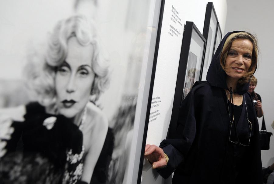 Выставки фестиваля «Мода и стиль в фотографии 2013» (12 фото)