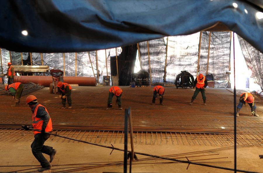 Строительство двухуровневой транспортной развязки на Дмитровском шоссе (7 фото)