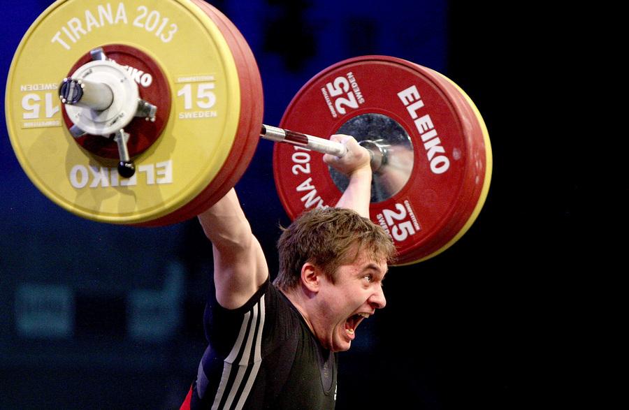 Дмитрий Хомяков завоевал второе российское «золото» на чемпионате Европы по тяжёлой атлетике (4 фото)