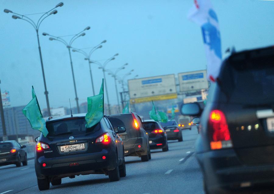 Автопробег в поддержку Лотковой, приговорённой к трём годам лишения свободы (8 фото)