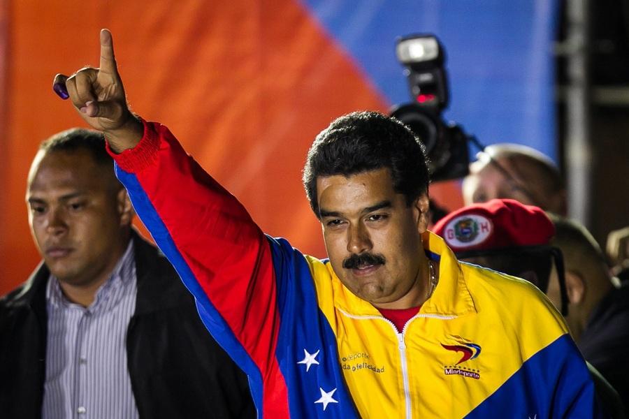 Николас Мадуро одержал победу на президентских выборах в Венесуэле (8 фото)