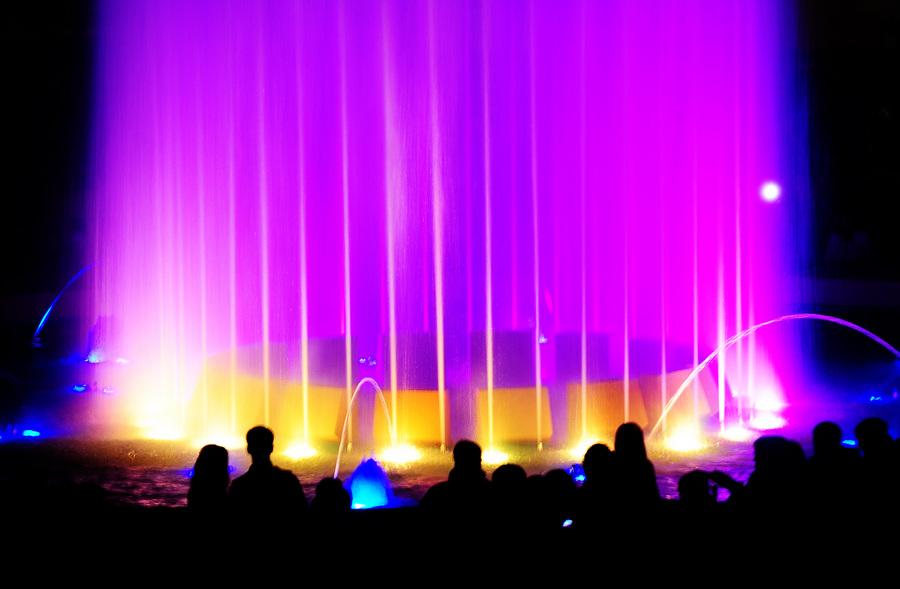 Открытие сезона фонтанов во Владивостоке (8 фото)