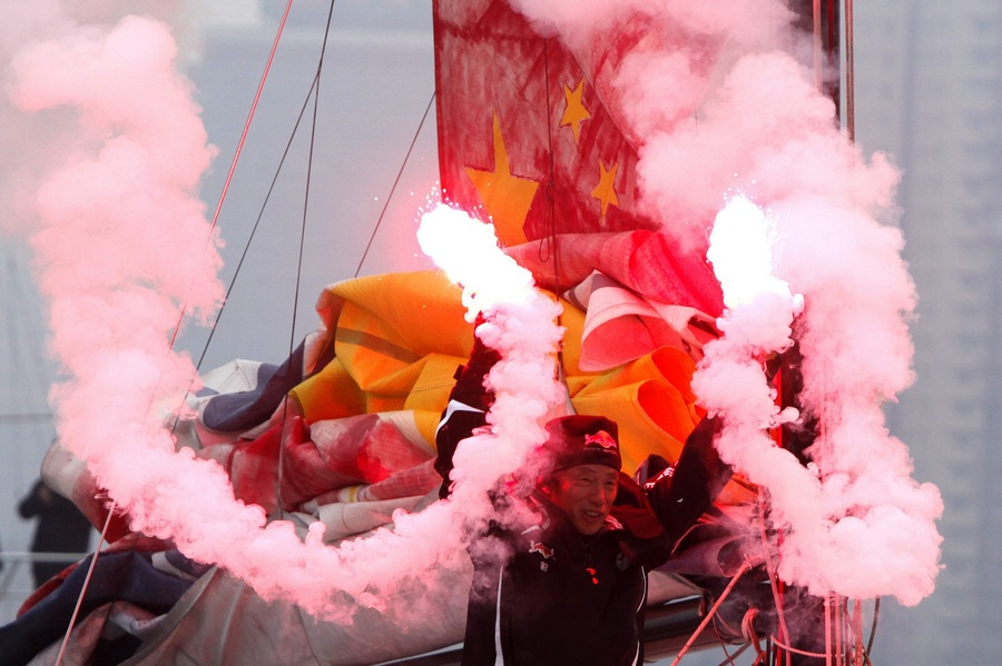 Китайский яхтсмен Го Чуань завершил кругосветное путешествие (5 фото)