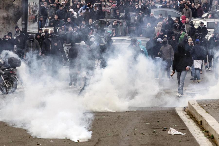Беспорядки в Риме перед футбольным матчем «Рома»-«Лацио»