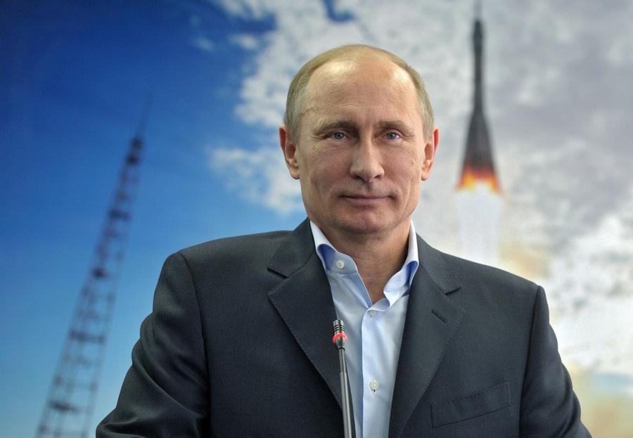 Владимир Путин вышел на связь с космонавтами (9 фото)