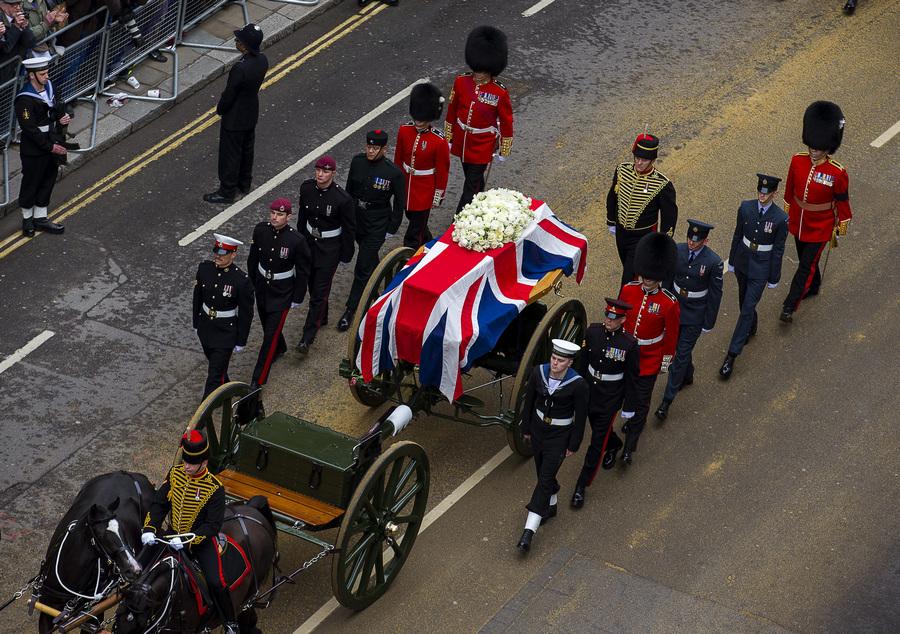Церемония похорон экс-премьера Великобритании Маргарет Тэтчер