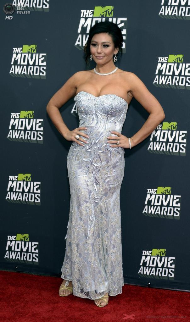 США. Калвер-Сити, Калифорния. 14 апреля. Американская актриса Дженни Фарли. (EPA/ИТАР-ТАСС/PAUL BUCK)