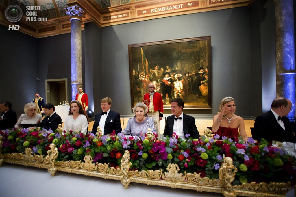 Нидерланды. Амстердам. 29 апреля. Во время гала-ужина по случаю коронации принца Виллема-Александра в Амстердаме. (EPA/ИТАР-ТАСС/ROBIN UTRECHT)