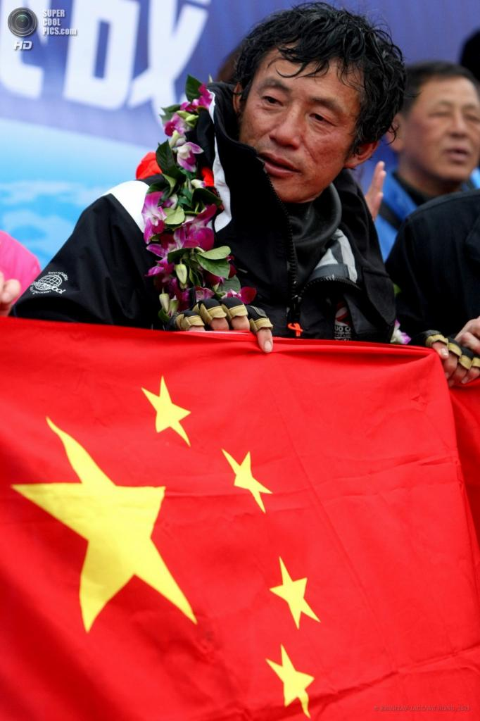 Китай. Циндао, Шаньдун. 5 апреля. Момент славы. (EPA/ИТАР-ТАСС/WU HONG)