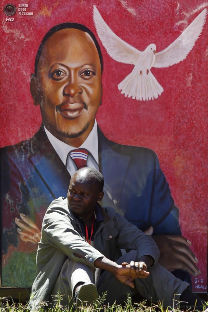 Кения. Касарани, Найроби. 9 апреля. Инаугурация четвёртого президента Кении Ухуру Кениаты. (EPA/ИТАР-ТАСС/DAI KUROKAWA)