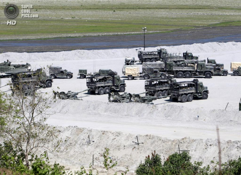 Филиппины. Капас, Тарлак. 12 апреля. Временная база морской пехоты США на острове Лусон. (EPA/ИТАР-ТАСС/FRANCIS R. MALASIG)
