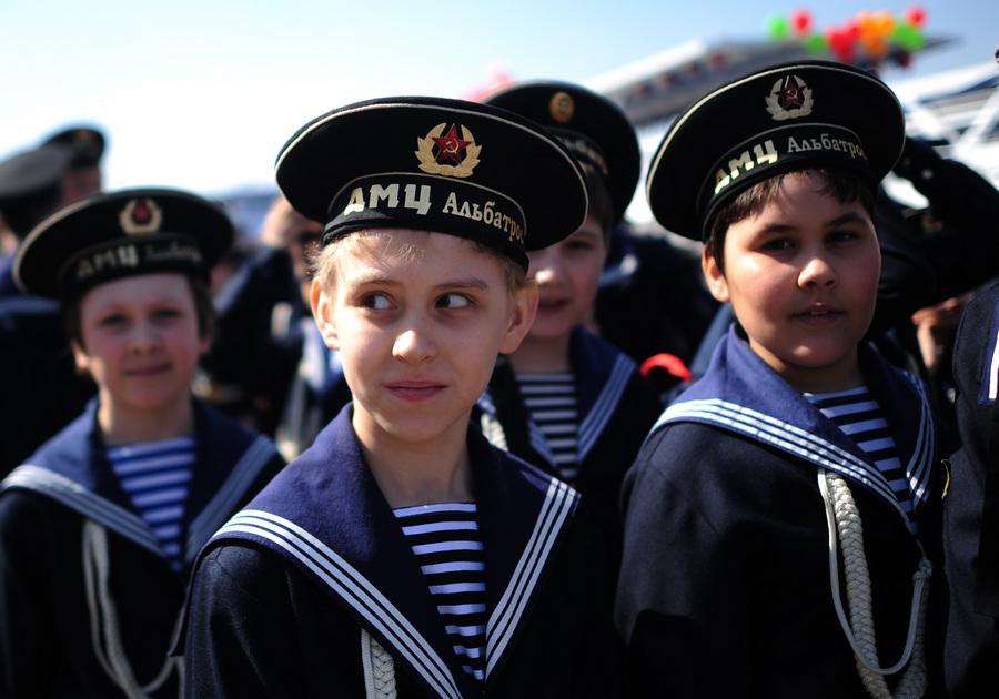 Открытие юбилейной 80-й пассажирской навигации по Москве-реке (5 фото)
