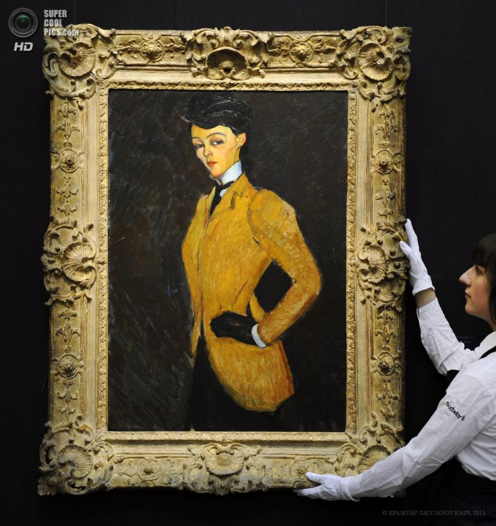Англия. Лондон. 12 апреля. Картина «Амазонка» итальянского художника Амедео Модильяни, 1909 год. Оценочная стоимость — $20—30 млн. (EPA/ИТАР-ТАСС/ANDY RAIN)