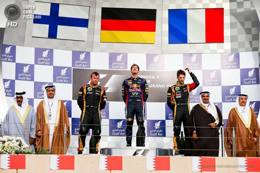 Бахрейн. Манама. 21 апреля. Церемония награждения. (EPA/ИТАР-ТАСС/SRDJAN SUKI)
