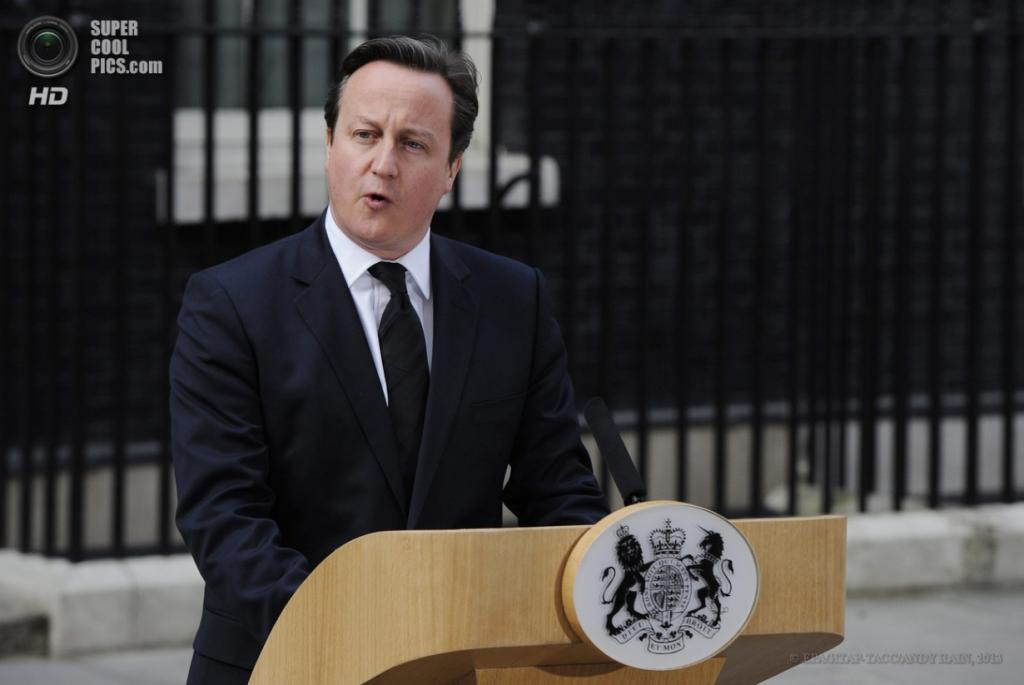 Англия. Лондон. 8 апреля. Премьер-министр Великобритании Дэвид Кэмерон произносит речь, посвященную Маргарет Тэтчер. (EPA/ИТАР-ТАСС/ANDY RAIN)