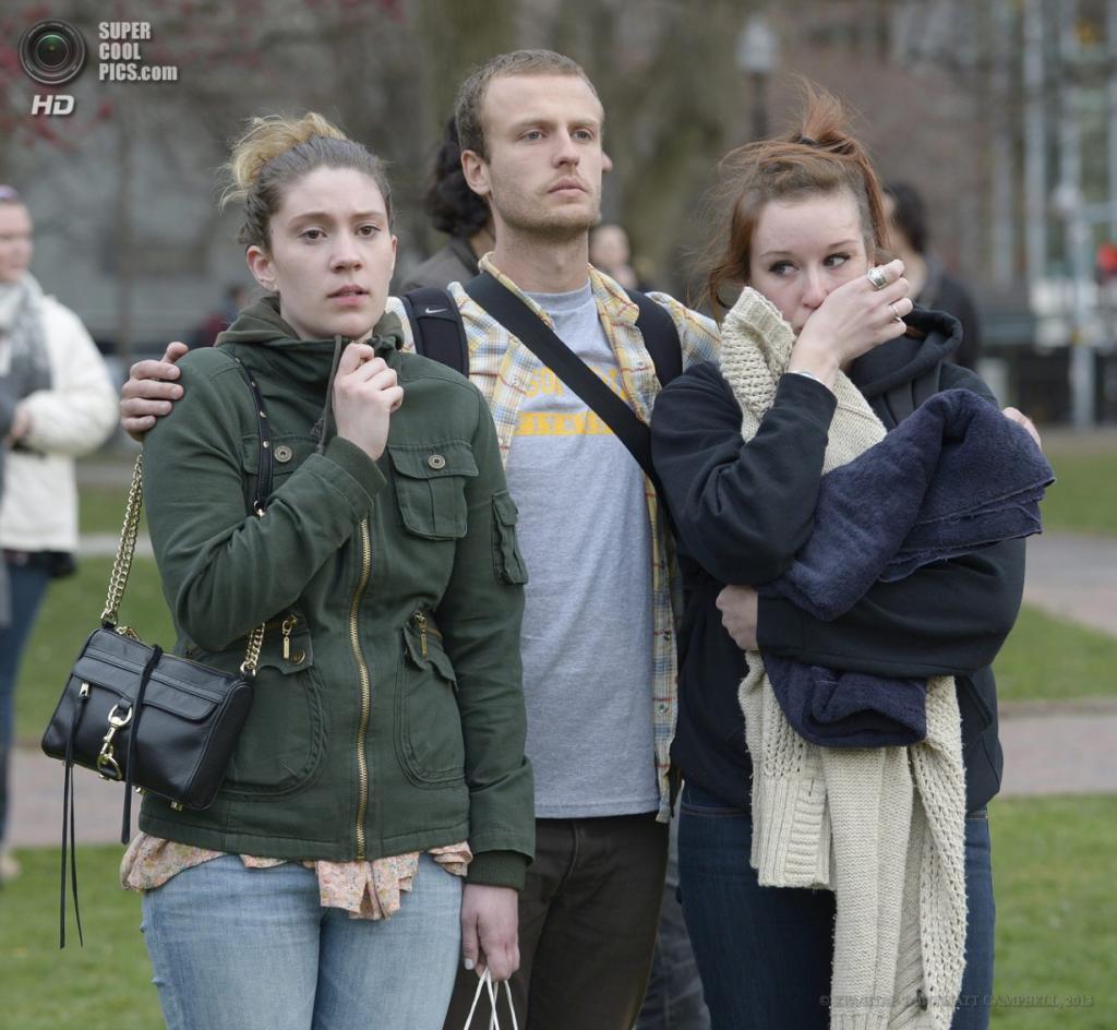 США. Бостон, Массачусетс. 16 апреля. Акция памяти жертв теракта на Бостонском марафоне в парке Бостон-Коммон. (EPA/ИТАР-ТАСС/MATT CAMPBELL)