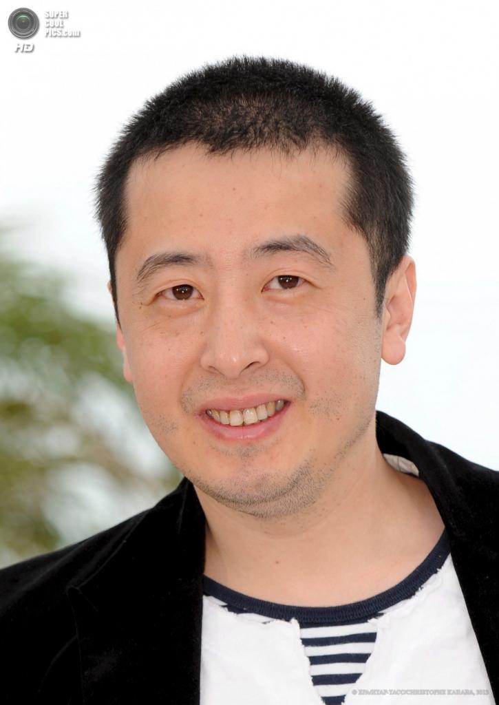 Китайский режиссёр Цзя Чжанкэ. (EPA/ИТАР-ТАСС/CHRISTOPHE KARABA)