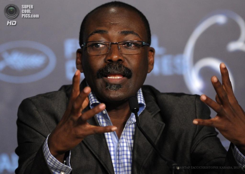 Чадский режиссёр Махамат-Салех Харун. (EPA/ИТАР-ТАСС/CHRISTOPHE KARABA)