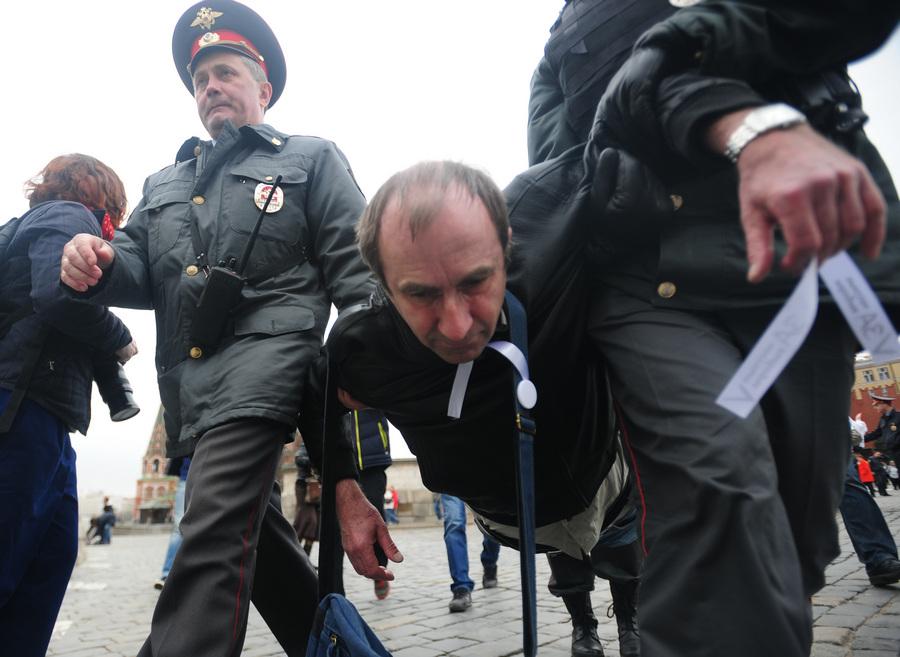 Задержание участников несанкционированной акции на Красной площади