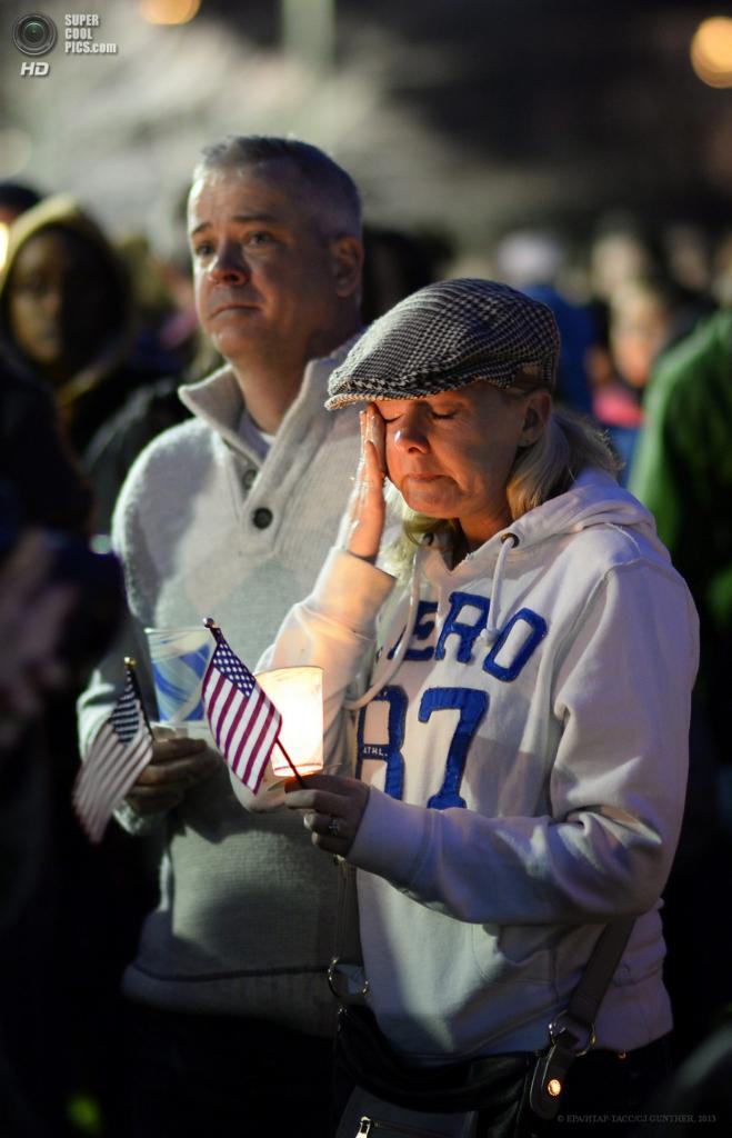 США. Бостон, Массачусетс. 16 апреля. Церемония прощания с восьмилетним Мартином Ричардсом, который стал жертвой теракта на Бостонском марафоне. (EPA/ИТАР-ТАСС/CJ GUNTHER)