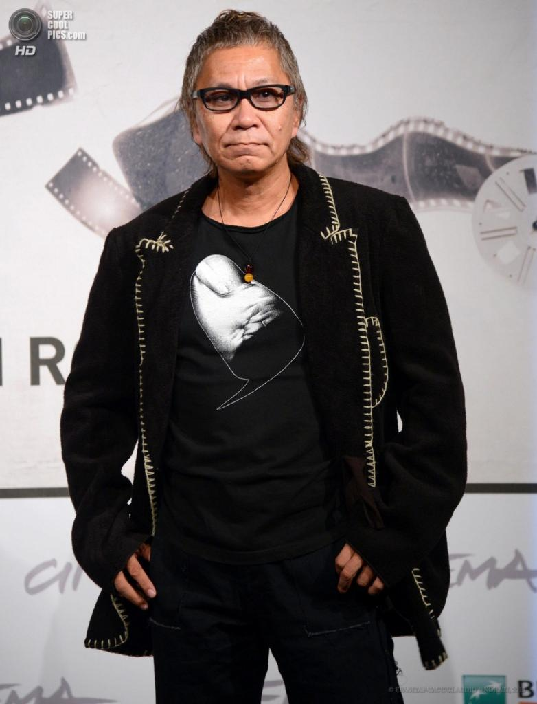 Японский режиссёр Такаси Миике. (EPA/ИТАР-ТАСС/CLAUDIO ONORATI)