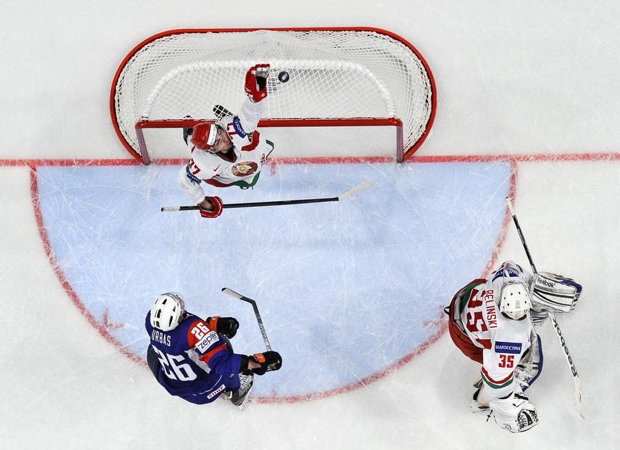 Чемпионат мира по хоккею: Белоруссия — Словения, 4:3 (8 фото)