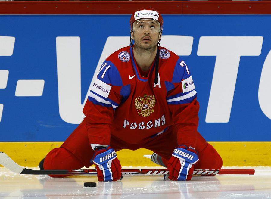 Чемпионат мира по хоккею: Россия — Франция, 1:2 (9 фото)