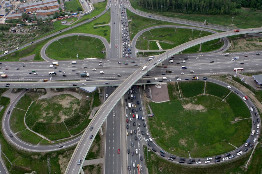 Виды московских автодорог с высоты птичьего полета (9 фото)
