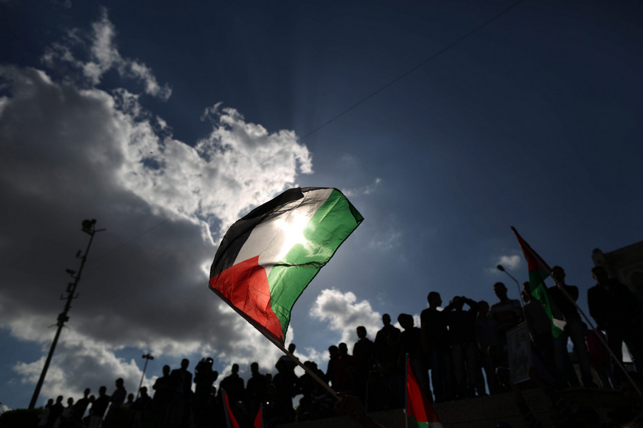 Палестинцы отмечают «День Накба» (15 фото)
