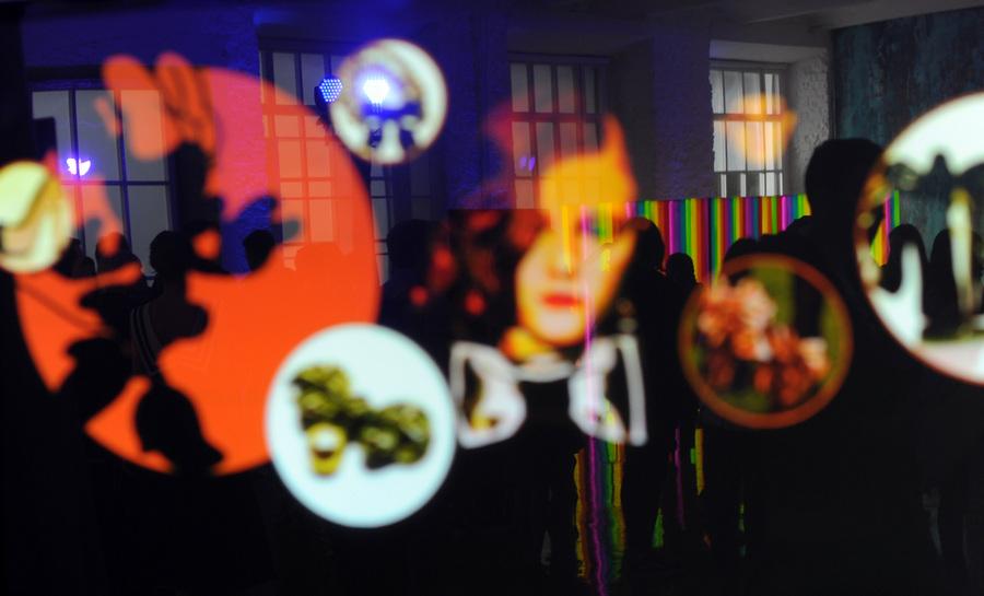 Презентация телепрограммы о моде «Правила стиля» (10 фото)