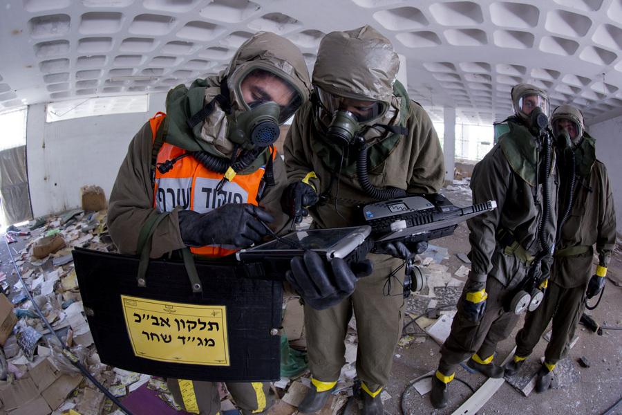 Учения по гражданской обороне в Израиле (9 фото)