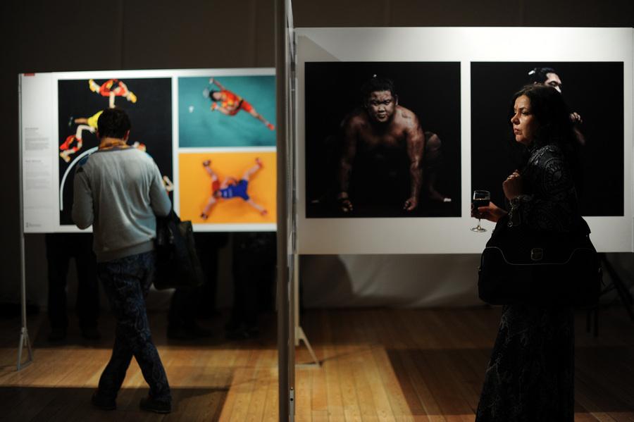Открытие выставки World Press Photo 2013 в Москве (6 фото)