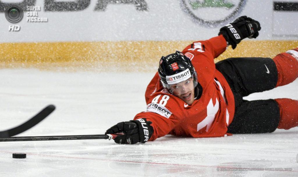 Швеция. Стокгольм. 16 мая. Матч 1/4 финала чемпионата мира по хоккею с шайбой между сборными Швейцарии и Чехии. (EPA/ИТАР-ТАСС/ANDERS WIKLUND)