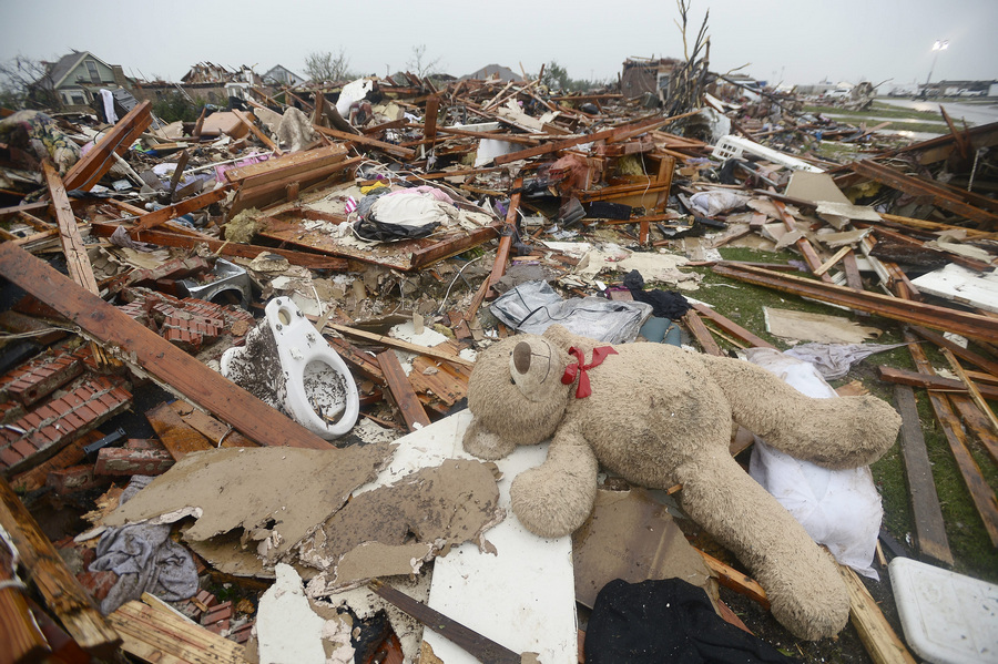 Последствия торнадо в Оклахоме (30 фото)