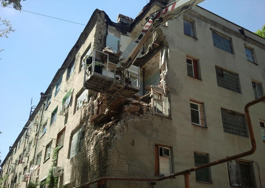 В Ростовской области обрушилась часть здания общежития