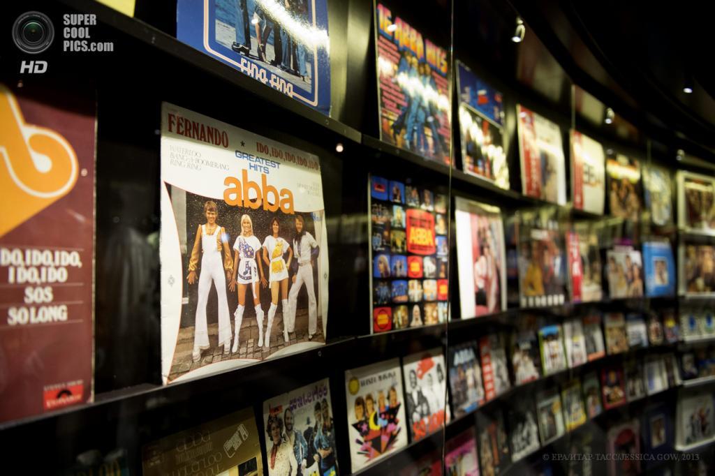 Швеция. Стокгольм. 6 мая. В павильоне музея группы «АББА», открывшегося в выставочном комплексе «Шведский музыкальный зал славы». (EPA/ИТАР-ТАСС/JESSICA GOW)