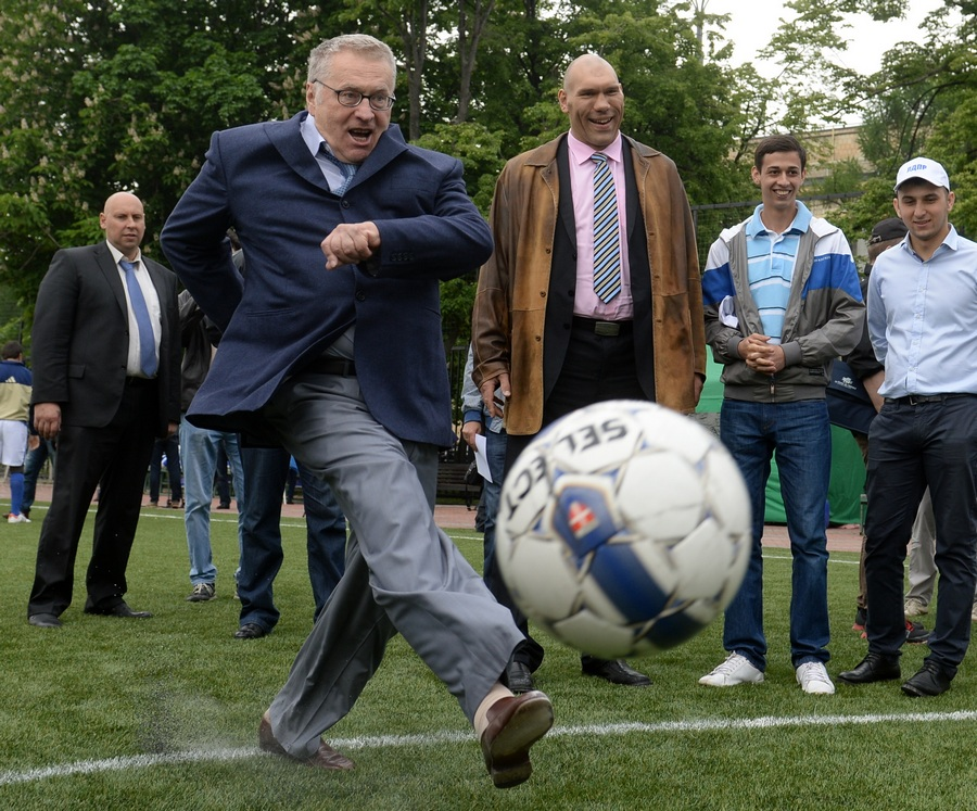 Турнир по футболу между командами фракций Госдумы РФ