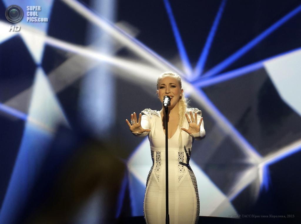 Швеция. Мальме. 19 мая. Представительница от Норвегии Маргарет Бергер, занявшая четвертое место в музыкальном конкурсе «Евровидение-2013», во время выступления на сцене Malmo Arena. (ИТАР-ТАСС/Кристина Королева)