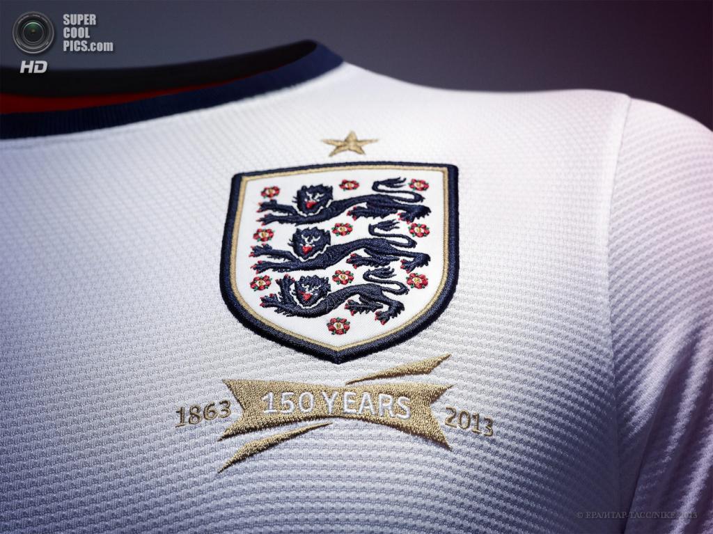 Великобритания. Домашняя форма сборной Англии по футболу. (EPA/ИТАР-ТАСС/NIKE)