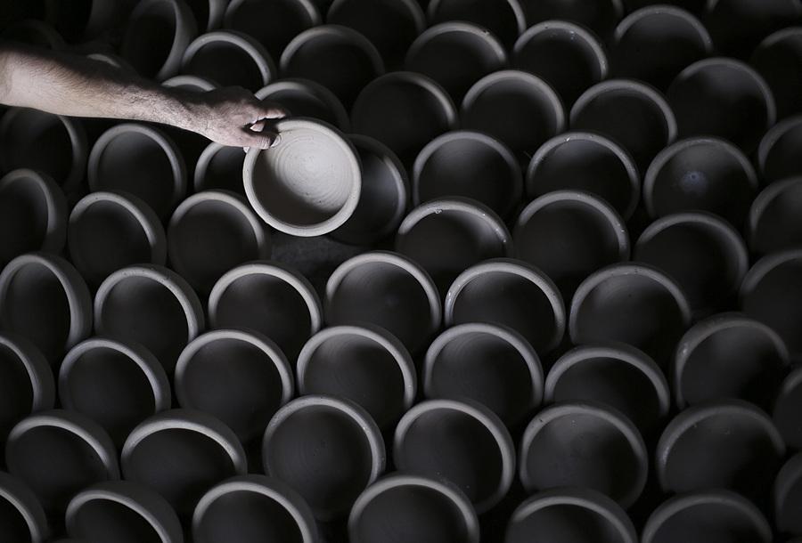 Изготовление керамики в секторе Газа (10 фото)