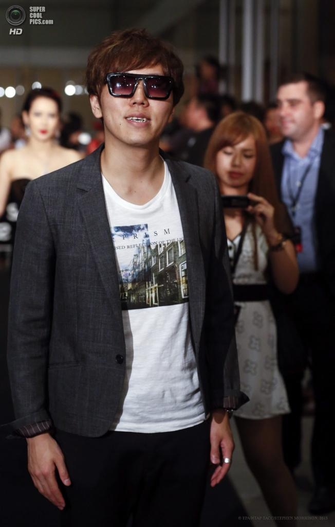 Сингапур. 23 мая. Японский битбоксер Hikakin на 5-й церемонии вручения премии Social Star Awards. (EPA/ИТАР-ТАСС/STEPHEN MORRISON)