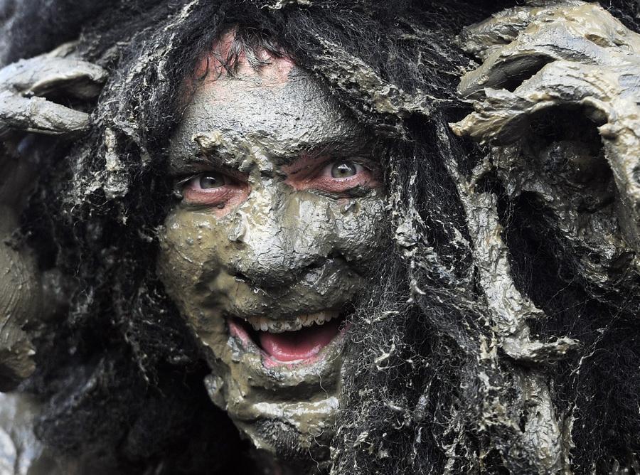 Благотворительный забег в грязи Maldon Mud Race 2013 (16 фото)