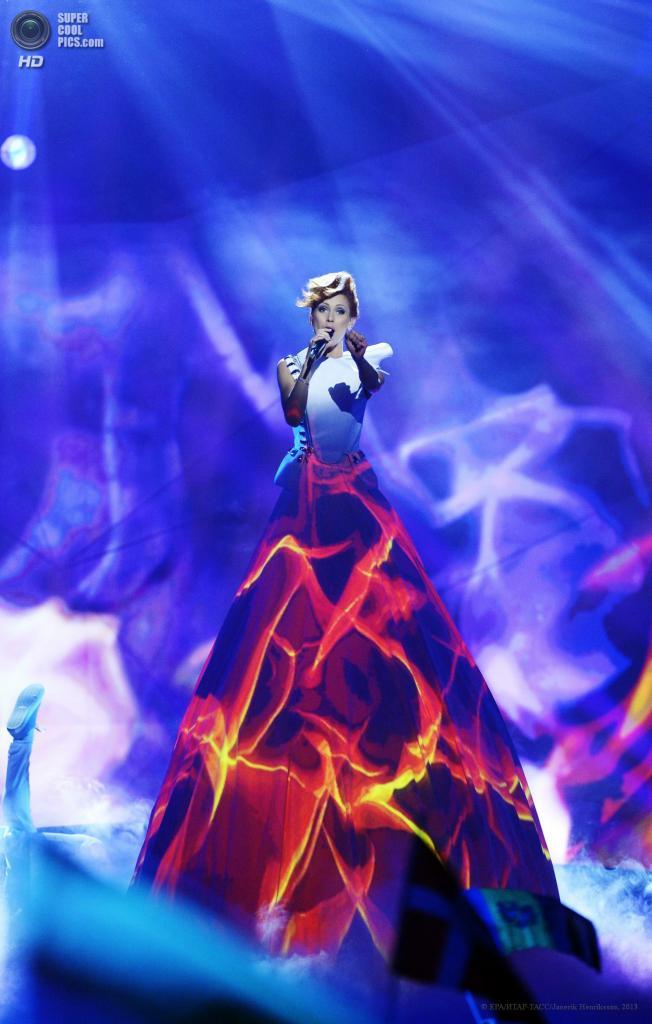Швеция. Мальме. 14 мая. Представительница Молдавии Алена Мун во время первого полуфинала 58-го международного конкурса песни «Евровидение-2013». (EPA/ИТАР-ТАСС/Janerik Henriksson)