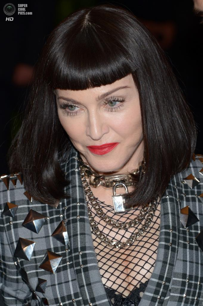 США. Нью-Йорк. 6 мая. Певица Мадонна. (EPA/ИТАР-ТАСС/JUSTIN LANE)